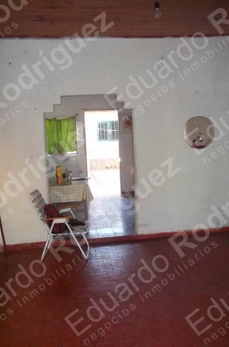 En venta casa a mejorar - Av Montiel casi 1ro de Mayo