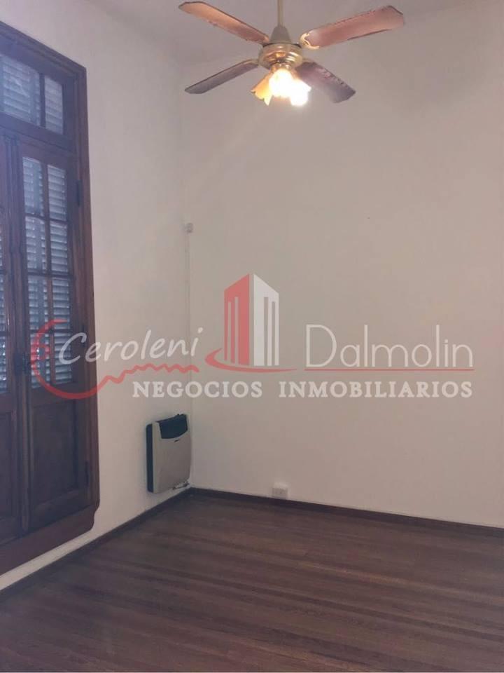 ALQUILO. Oficinas en calle Cjal Veiga y A. del Valle. Concordia