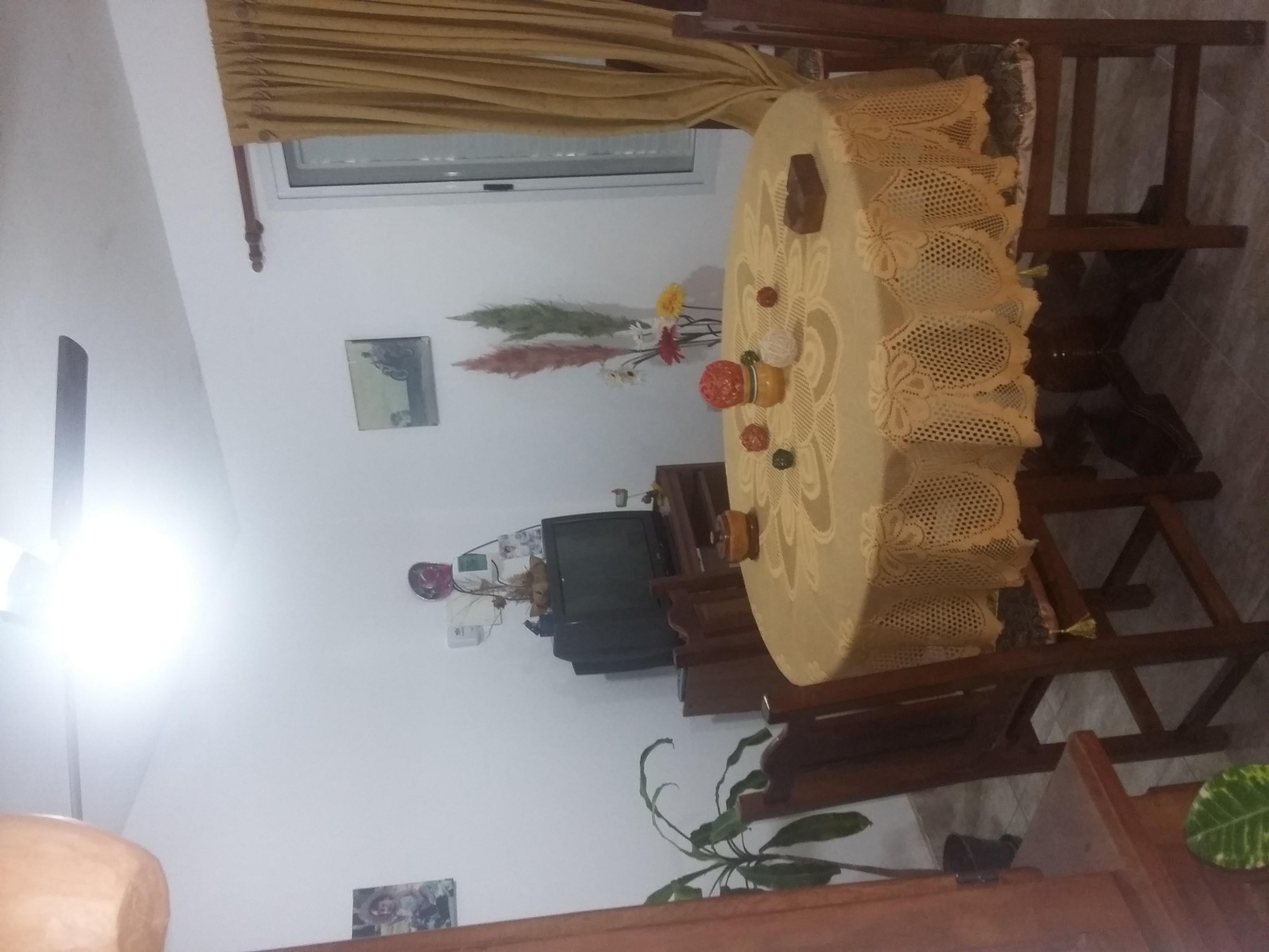 Se Vende Hermosa Casa Calle Menecler Lopez $1200000-.